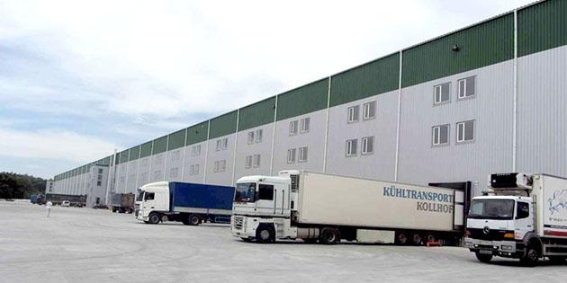 Таможенный склад, снаружи